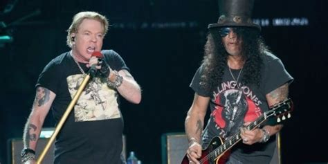 Axl Rose Takes Nasty Spill During Guns N' Roses