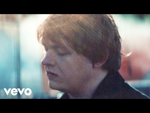 Lewis Capaldi Biography – Facts, Childhood, Family Life