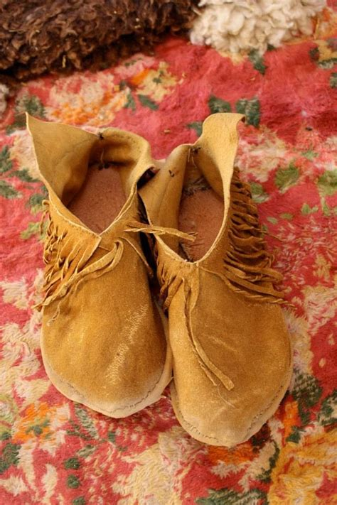 How to Make Buckskin Moccasins | Home Design, Garden