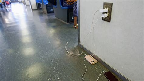 Why Everyone Needs a Good 10-Foot Charging Cable - The New