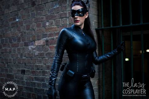 Catwoman Cosplay by The Lazy Cosplayer