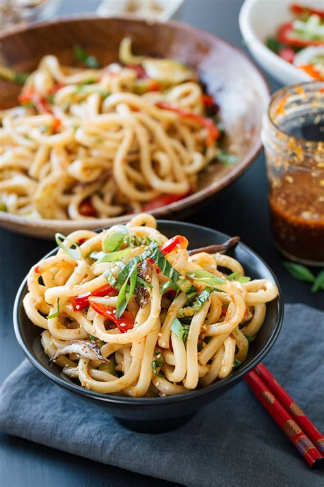 Chilled Garlic Sesame Udon Noodles with Vegetables - The