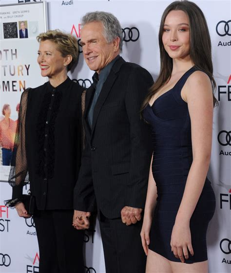 Annette Bening & Warren Beatty's 16-Year-Old Daughter Hits