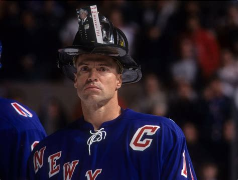 How Mark Messier Raised A Wounded City