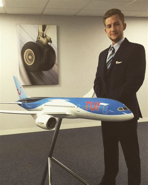 From Cabin Crew to Future Pilot - OSM Aviation