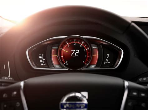 The all-new Volvo V40 - Volvo Sensus: New, personalised