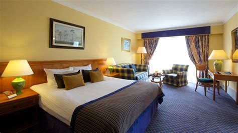 Carnoustie Golf & Spa Hotel room and bedroom information
