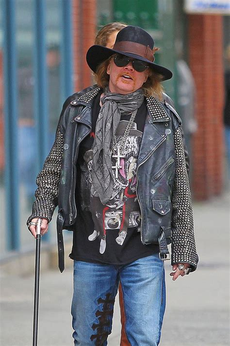 Axl Rose - Axl Rose Photos - Axl Rose Spotted in NYC - Zimbio
