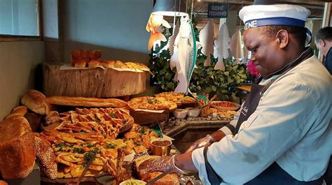 Where to find the Best Buffet Restaurants in Cape Town